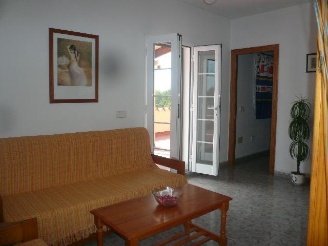 APARTAMENTO 1º PLANTA 2 habitaciones dobles